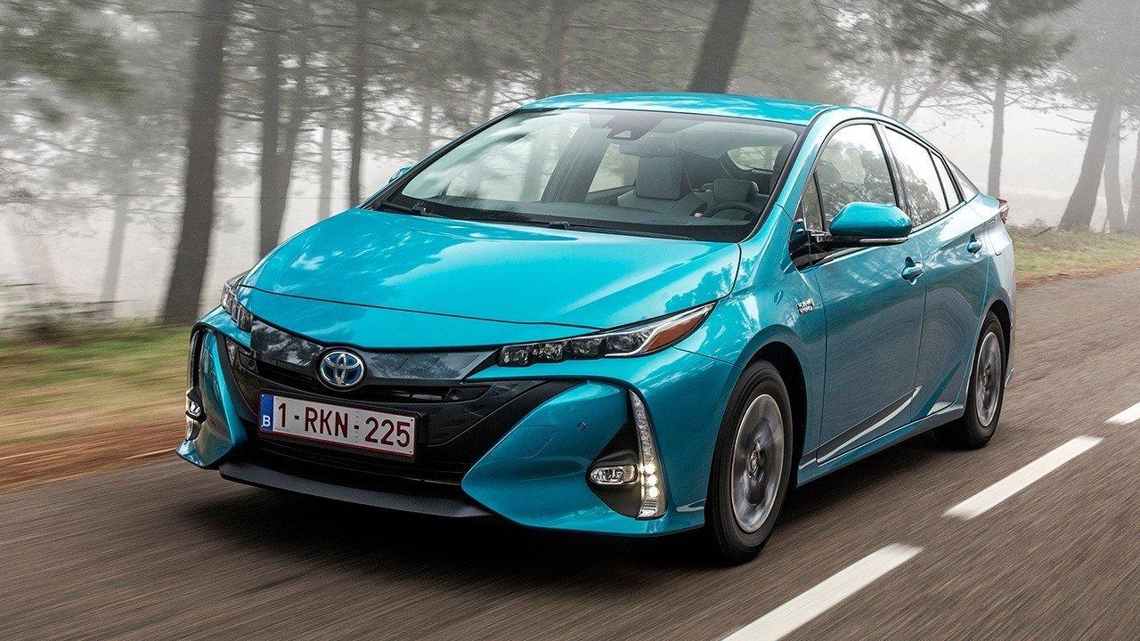 Toyota Prius Plug-in Advance